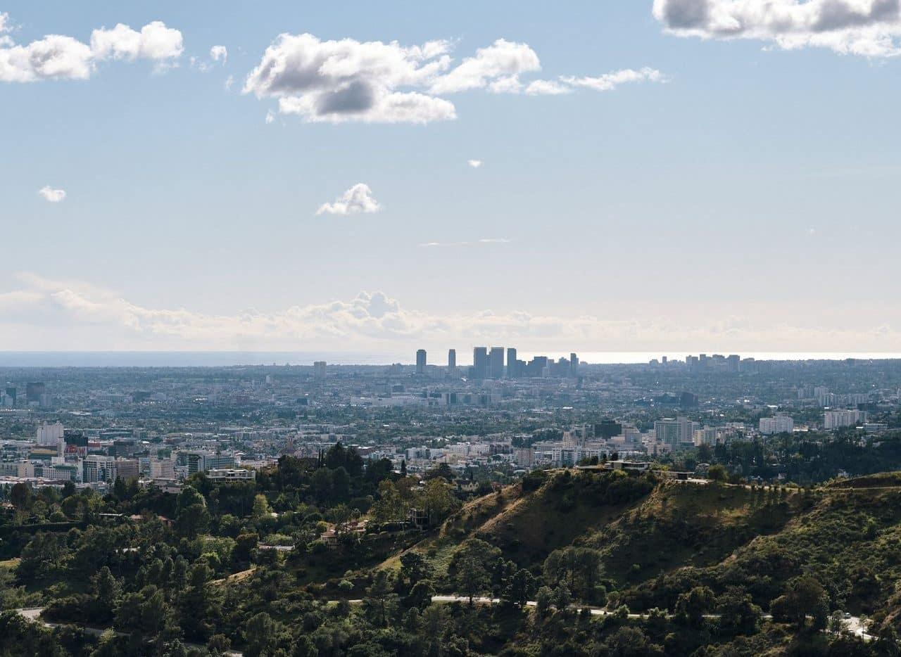 Smog-free Los Angeles skyline